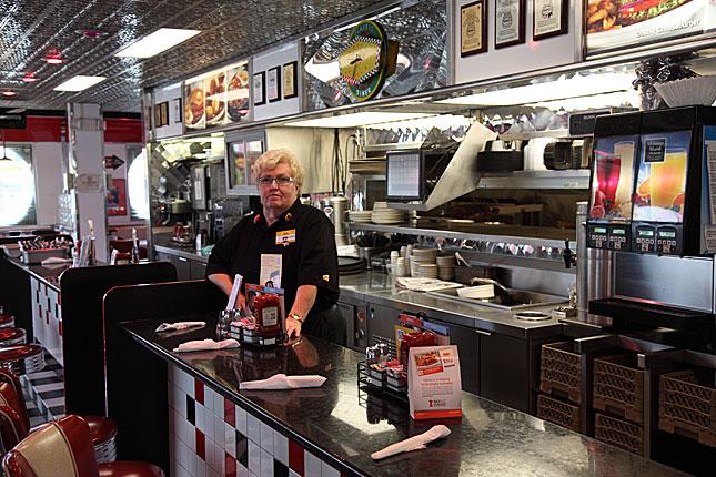 Breezewood, Denny's Diner