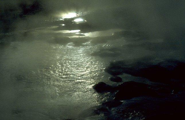 Yellowstone, Liberty Pool