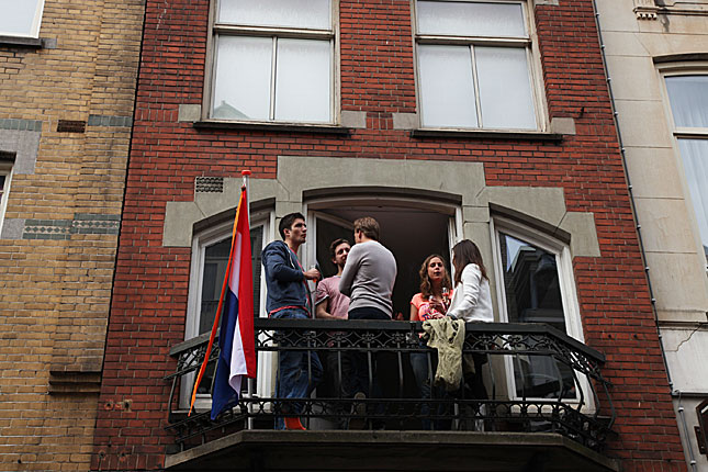 img10-4077a
