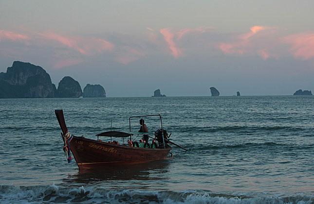 Krabi, Au Nang Beach