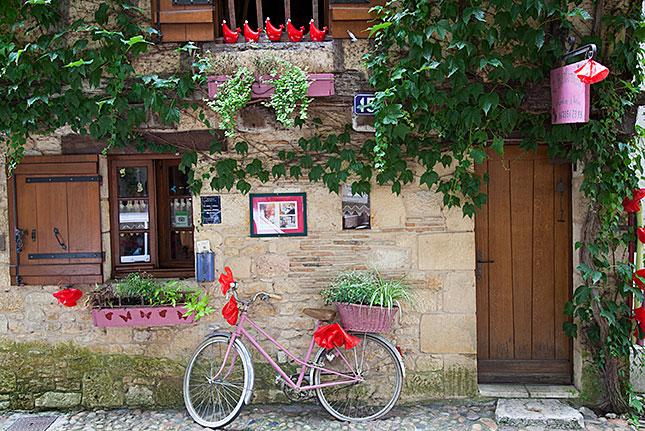Bergerac, La douce France