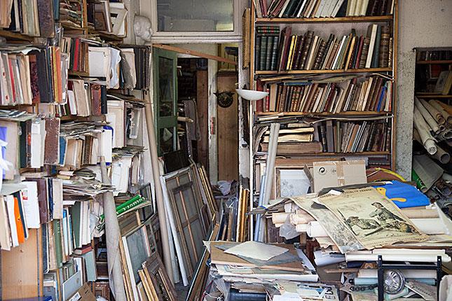 Lyon, Bookstore