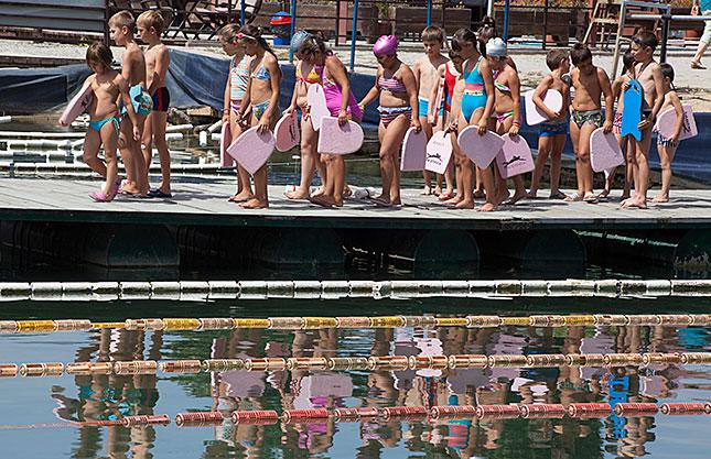 Struga, Swimming Class
