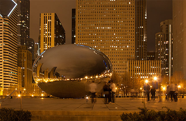 Chicago, Cloud Gate Night