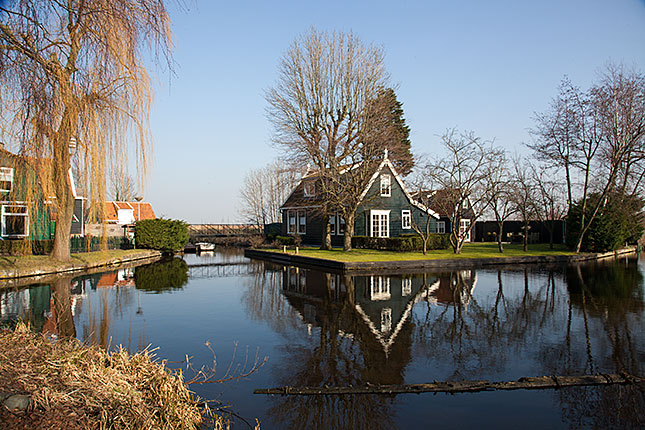 Westzaan, Typical house