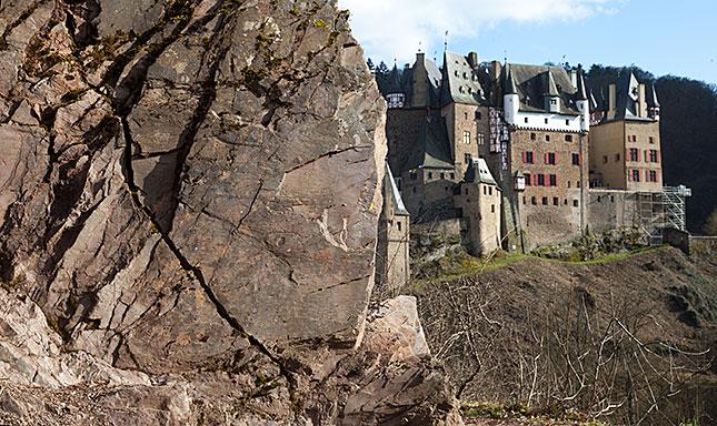 Burg Eltz, View