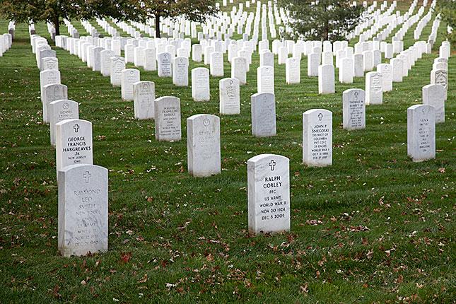 Arlington Cemetery, Military Graves