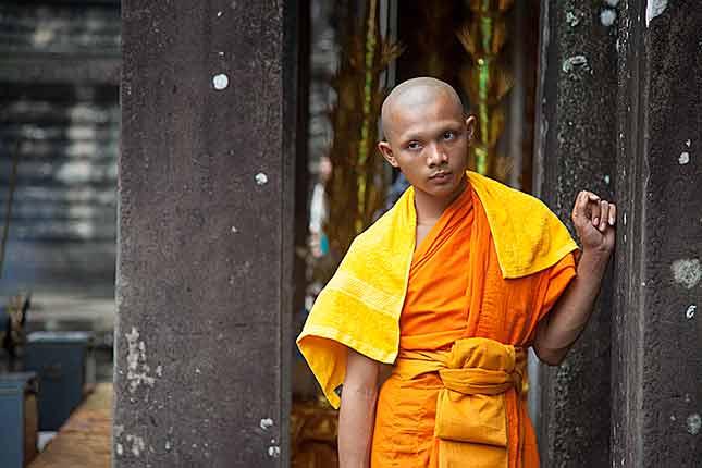 Angkor Wat, Monk 2