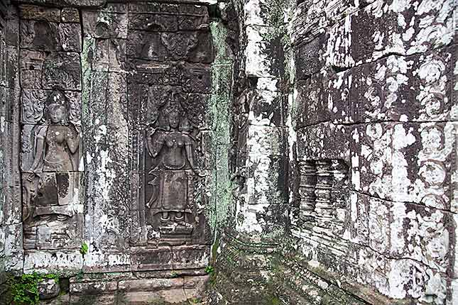 Angkor Wat, Artwork 2